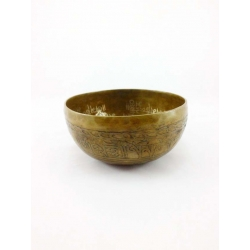 Buddha engraved singing bowl from Nepal 500-600 gr