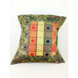 Ethnic cushion cover, check motifs